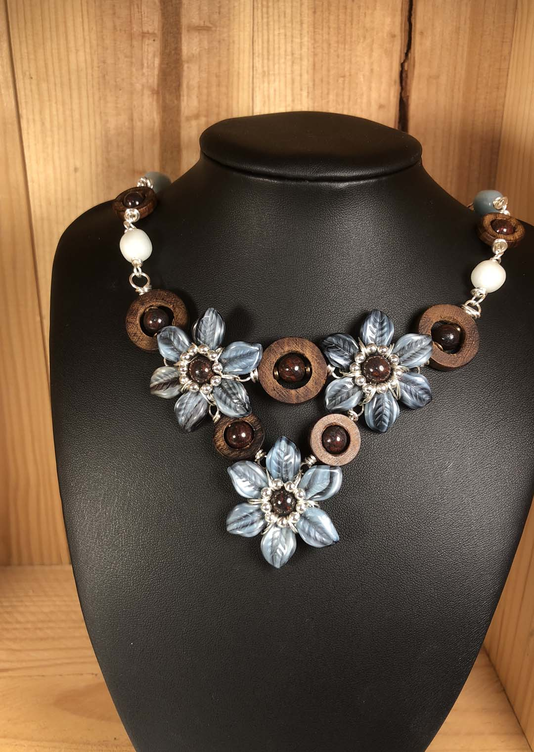Mist Flowers Necklace